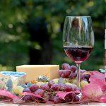 Rött vin smakar bättre med ost
