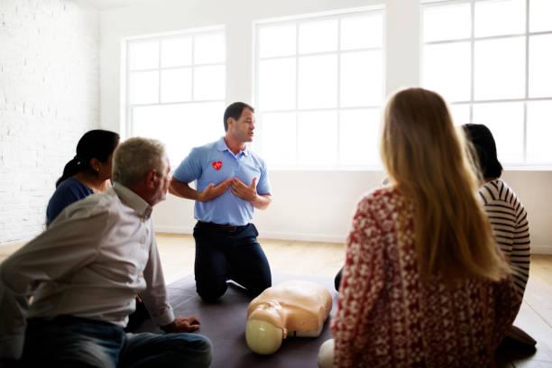 Gå en första hjälpen utbildning och skapa en tryggare och säkrare arbetsplats | Yoloo